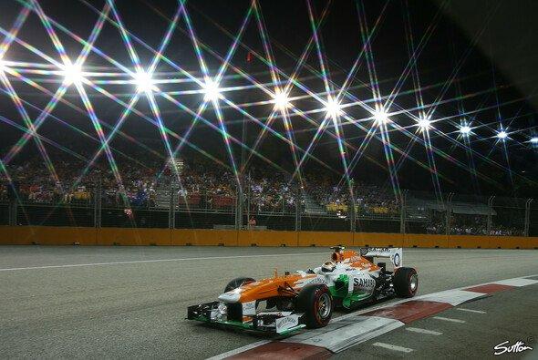 Adrian Sutil schnappte sich in Singapur den letzten Punkt - Foto: Sutton