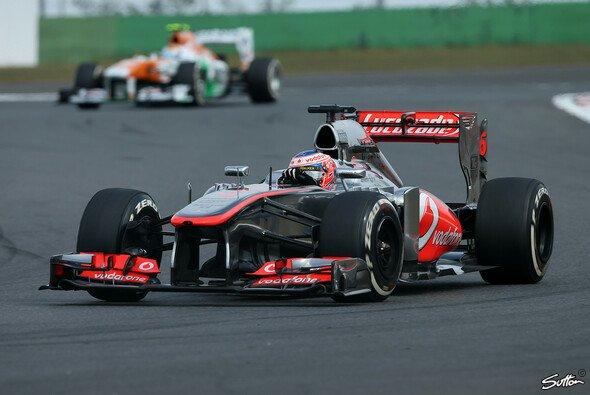 Jenson Button kann mit Platz acht zufrieden sein - Foto: Sutton