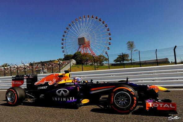 Vettel markiert in Suzuka die schnellste Zeit - Foto: Sutton