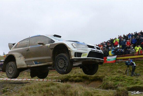 Die Rallye Großbritannien wird in der Regel zur Schlammschlacht - Foto: Sutton