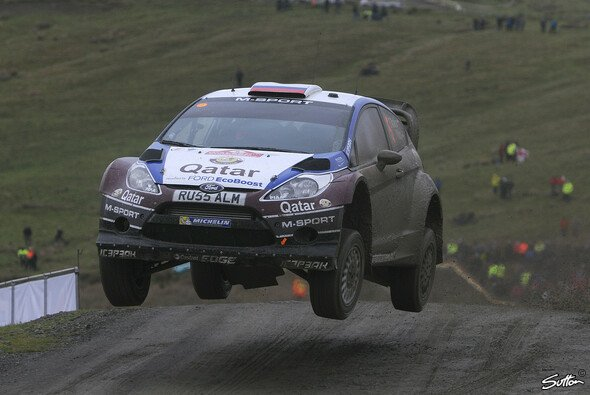 Evgeny Novikov konnte 2013 mit M-Sport nur selten überzeugen - Foto: Sutton