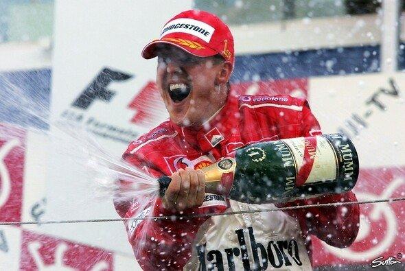 Michael Schumacher wird in Marburg für seine Leistungen im deutschen Sport geehrt - Foto: Sutton