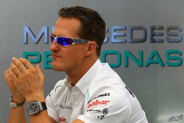 Michael Schumacher trägt regelmäßig Armbänder