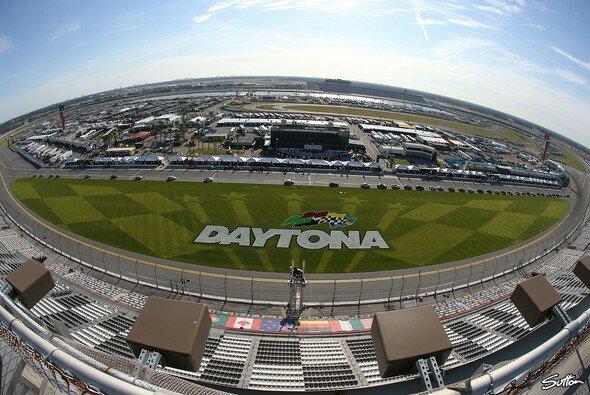 Blick über den berühmten Daytona International Speedway