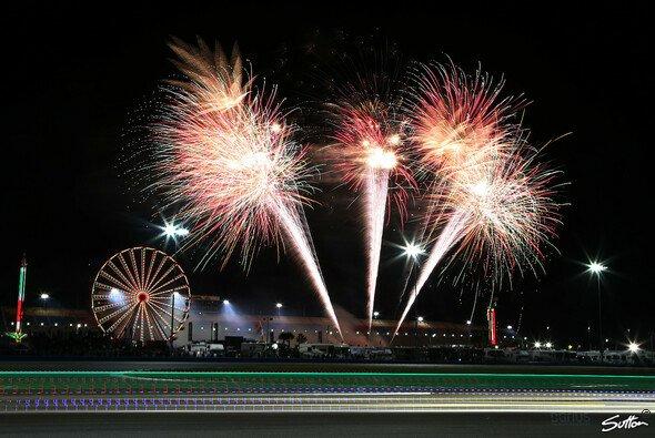 Das Feuerwerk im Rahmen der 24 Stunden von Daytona 2014 - Foto: Sutton