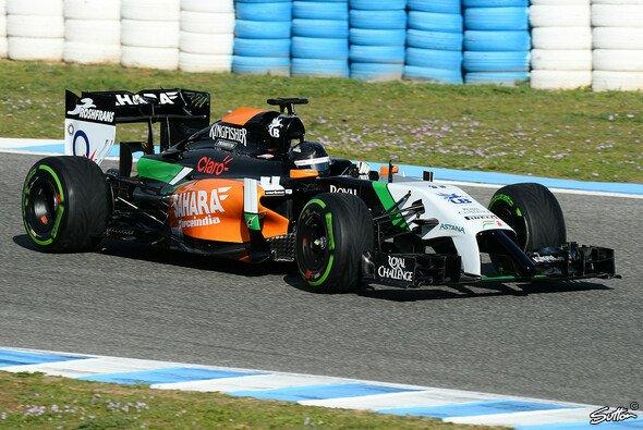 Sergio Perez drehte zum Auftakt die ersten Runden im Force India