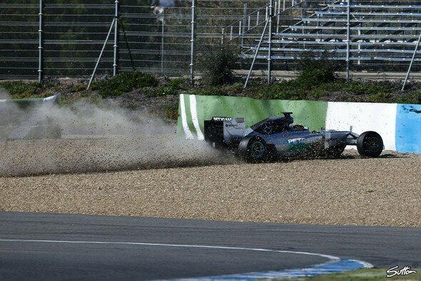 Lewis Hamilton sorgte für den ersten Abflug 2014