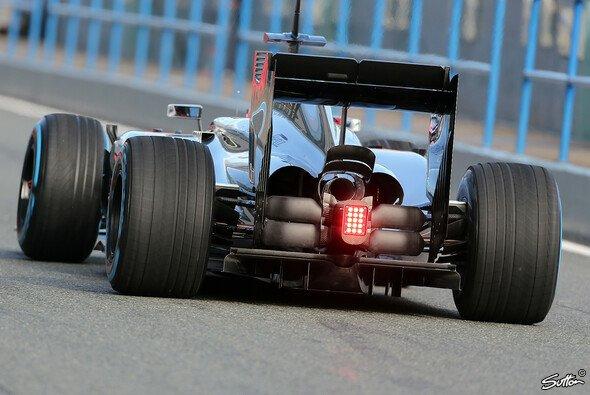 Fahrer und Fans müssen sich 2014 an blinkende Hecks gewöhnen