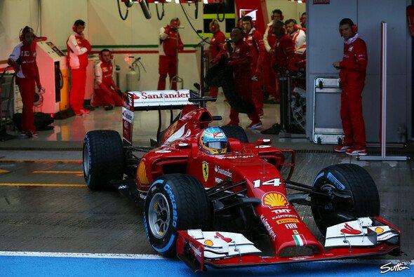 Der Rüssel-Ferrari wartet auf seinen nächsten Staubsauger-Einsatz in Bahrain