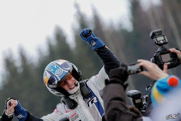 Jari-Matti Latvala macht da weiter, wo er aufgehört hat - Foto: Sutton