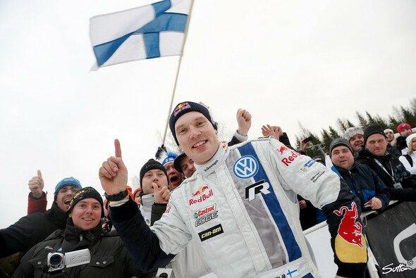Jari-Matti Latvala führt erstmals die WM an