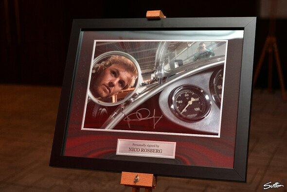 Nico Rosberg steuerte auch ein Bild zur Auktion bei