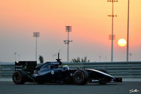 Erst als die Sonne unterging, konnte Felipe Massa wieder auf die Strecke