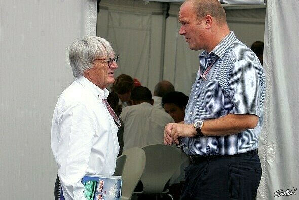 Gerhard Gribkowsky und Bernie Ecclestone stehen sich vor Gericht gegenüber - Foto: Sutton