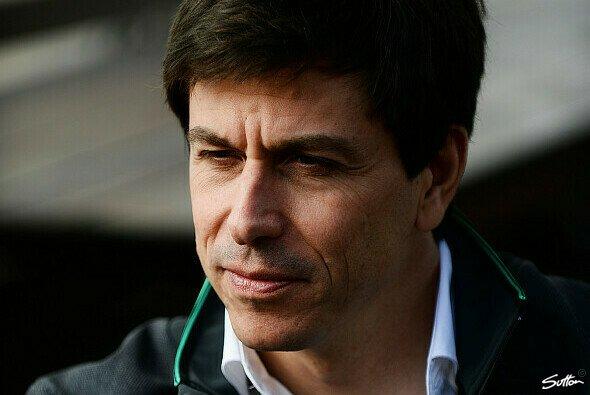 Toto Wolff hat genug Politik in der Formel 1 - Foto: Sutton