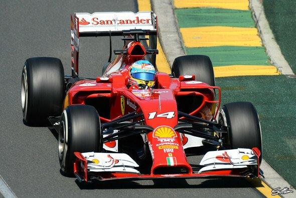Schnellster Mann im 1. Freien Training: Alonso