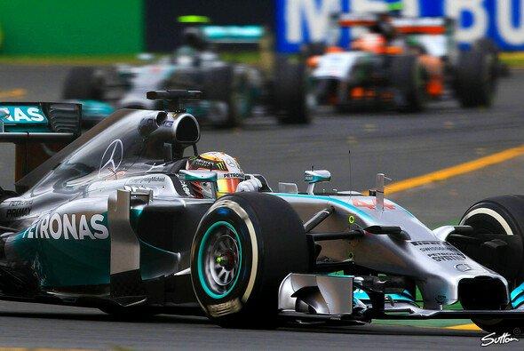 Lewis Hamiltons Arbeitstag war schnell beendet - Foto: Sutton