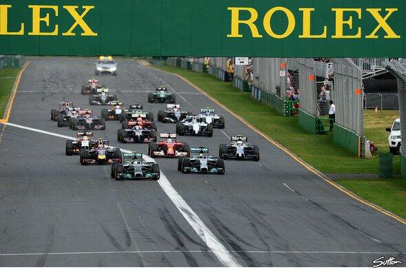 Nico Rosberg setzte sich schon am Start durch - Foto: Sutton