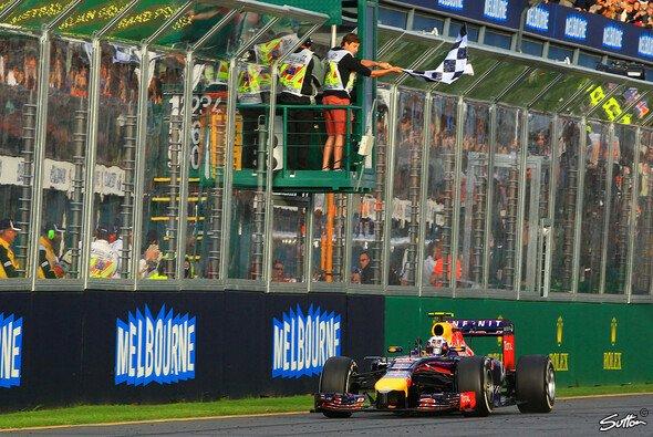 Daniel Ricciardo bekam den zweiten Platz aberkannt - Foto: Sutton