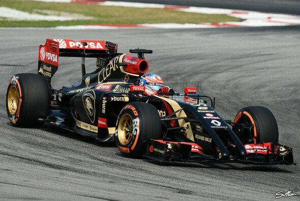 Bild mit Seltenheitswert: ein fahrender Lotus!