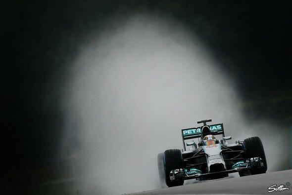 Lewis Hamilton behielt im Regen einen kühlen Kopf