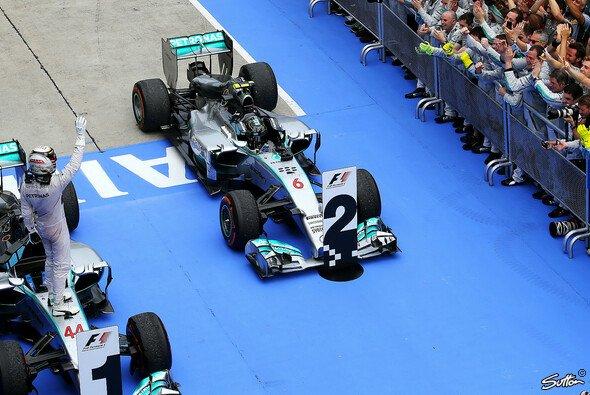 Spannendes Duell: Lewis Hamilton gegen Nico Rosberg