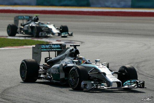Zwei Rennen - zwei Mercedes-Siege: Der Silberpfeil ist top
