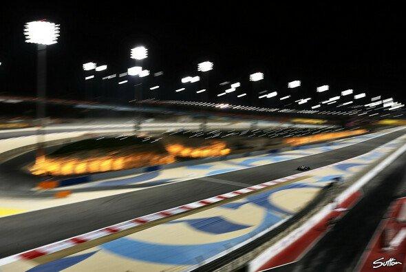Das zweite Training, das Qualifying und das Rennen werden unter Flutlicht gefahren