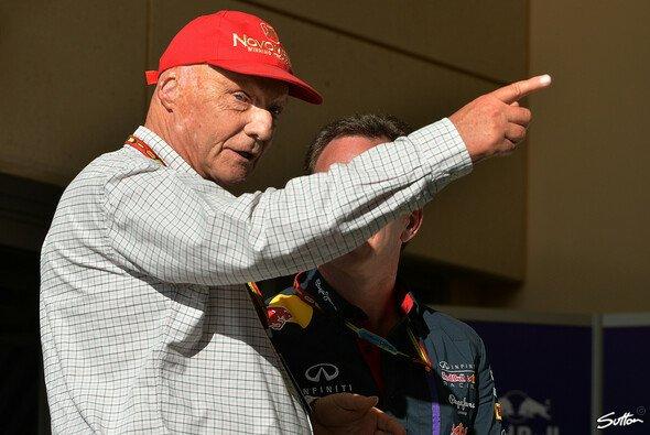 Niki Lauda gibt die Marschroute vor