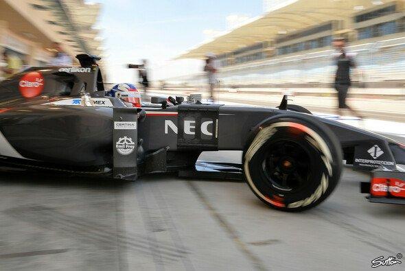 Sirotkin bei Testfahrten in Bahrain - Foto: Sutton