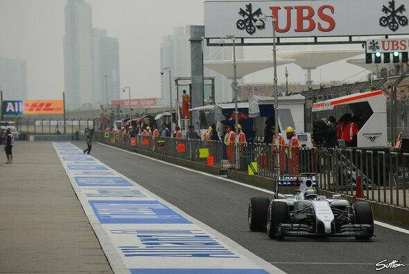 Bei Felipe Massa ging der erste Boxenstopp komplett schief