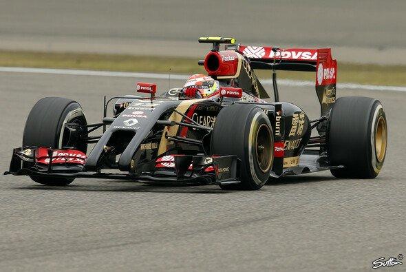 Nach einem Öl-Leck am Motor seines E22 musste Pastor Maldonado das Qualifying aussetzen