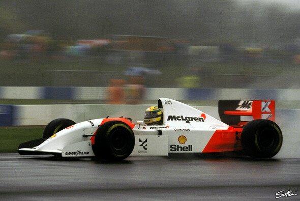 Ayrton Senna war 1993 in Donington Park eine Klasse für sich - Foto: Sutton