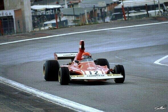 Niki Lauda gewann 1974 in Jarama im Ferrari sein erstes Formel-1-Rennen - Foto: Sutton