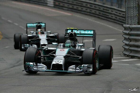 Hamilton musste sich hinter Rosberg anstellen