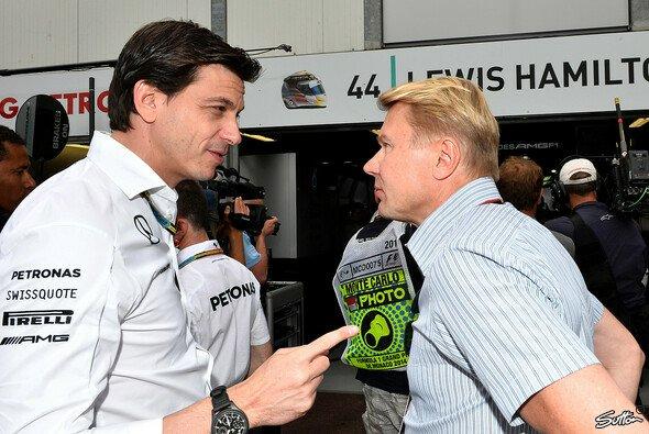 Mika Häkkinen macht sich bei Mercedes für Valtteri Bottas stark (Archivbild) - Foto: Sutton