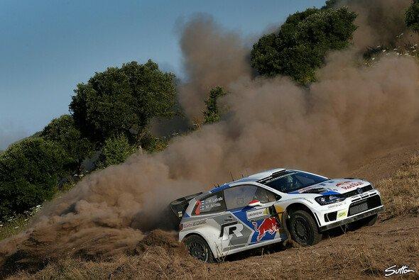 Jari-Matti Latvala überwand anfängliche Bremsprobleme und setzte sich an die Spitze - Foto: Sutton