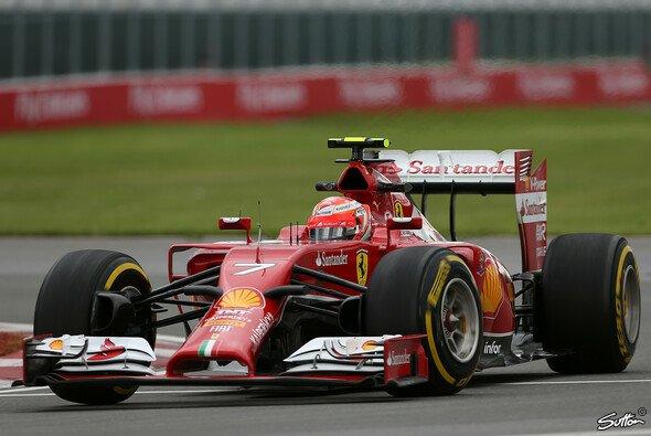 Kimi Räikkönen war am Freitag minimal schneller als Fernando Alonso