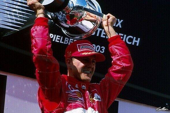 Schumacher fuhr 155 Mal auf das Podest - Foto: Sutton