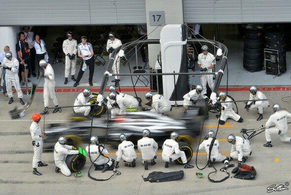 McLaren mit exzellenter Arbeit an der Box - Foto: Sutton