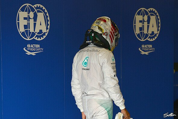 Hamilton war nach dem Qualifying angefressen - Foto: Sutton