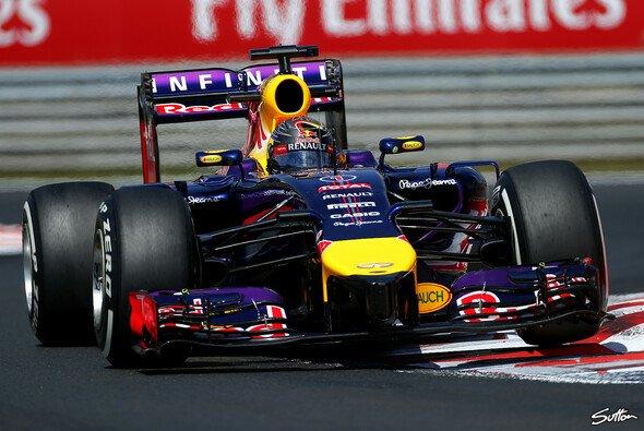 Sebastian Vettel wird mit einem neuen Chassis ausgestattet - Foto: Sutton