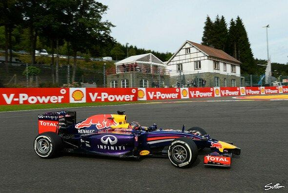 Sebastian Vettel konnte am Freitag in Spa nur elf Runden drehen