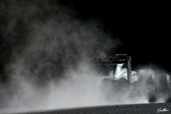 Bei regnerischen Verhältnissen schlugen sich Magnussen und Button mit Trockensetup wacker