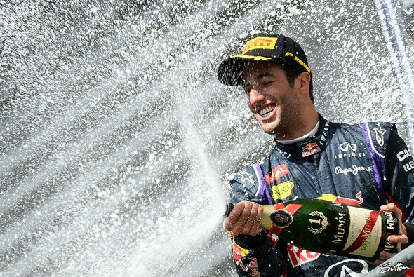 Sieg für Ricciardo: Der Australier war in Belgien nicht zu schlagen - Foto: Sutton