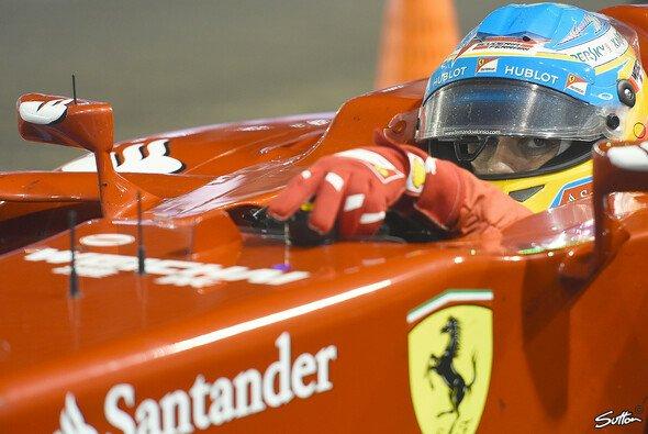 Bleibt Alonso Ferrari treu? - Foto: Sutton