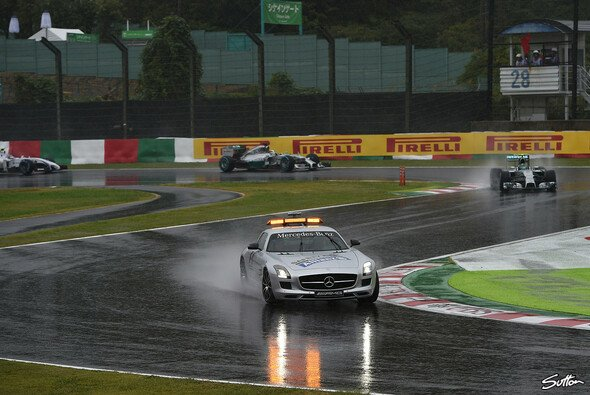 Hamilton gewann das Rennen in Japan - Foto: Sutton