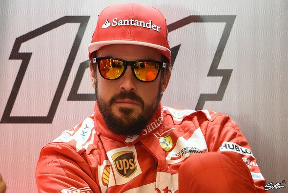 Fernando Alonso lässt sich alle Zeit der Welt - jetzt gibt es Druck - Foto: Sutton
