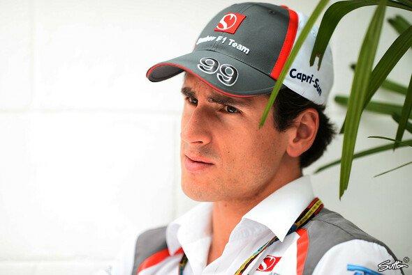 Adrian Sutil ist ab sofort Ersatzfahrer bei Williams - Foto: Sutton