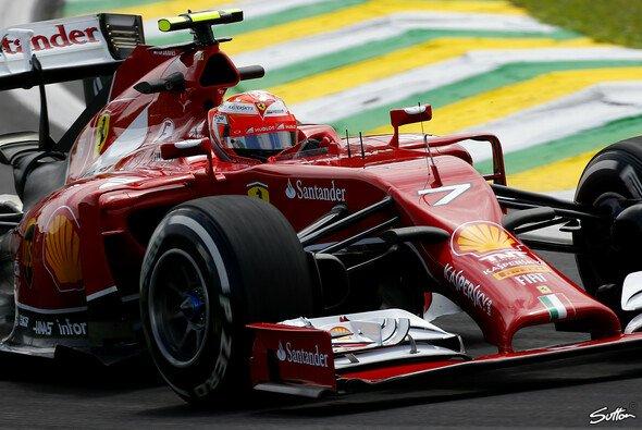 Kimi Räikkönen ist mit dem Freitag in Brasilien zufrieden - Foto: Sutton